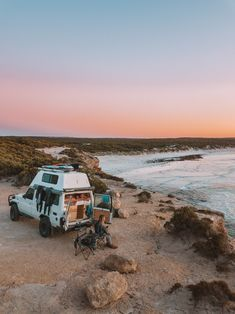 The Eyre Peninsula is a surprisingly raw and beautiful place located in South Australia. It may be a seven-hour drive west from Adelaide, but it is totally worth visiting and we wish we came here… Camping Aesthetic, Travel Aesthetic, Van Living, Australia Travel, South Australia, Gap Year, Camping Life, Camping Hacks, Blog Voyage