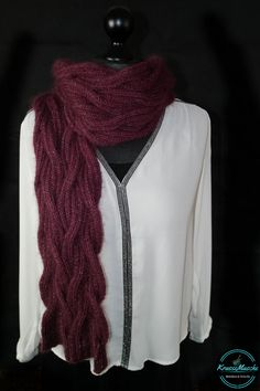 DIY:Rot ist das neue schwarz. Strick dir jetzt deinen eleganten Traumhaften Schal aus Merino, Mohair und Seide einfach selbst.