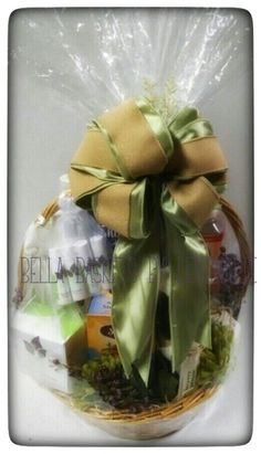 All Natural Custom Basket (frontview) $150.00 Bella Baskets by Lenamarie