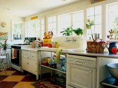 Want, want, want!! Unfitted kitchen with farmhouse sink.