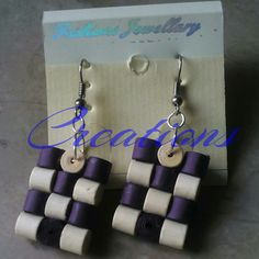 Squares waterfall earrings made using quilling technique – Artofit Paper Bead Jewelry, Paper Beads, Clay Jewelry, Jewelry Crafts, Beaded Jewelry, Handmade Jewelry, Paper Quilling Tutorial, Paper Quilling Patterns, Paper Quilling Earrings