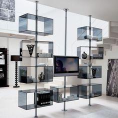 Revolving / rotating TV stand