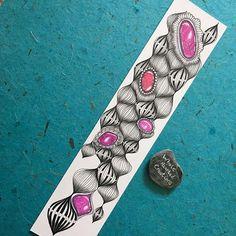 I'm currently loving this pattern - Olb ❣️ ▪️ ▪️ ◾️#doodle #arttherapy #Zentangle #zenart #Zendoodle #tangle #art_we_inspire #hearttangles #tanglersofinstagram #zentangleartist #zenartfeatures #zendoodleart_feature #rainbowdoodlers #doodlingtogether #artistic_nation #letstanglehere #potpourrisofartists #featuring_your_art #tattoo #tattooideas #zengems #doodlegems #zentanglegems #zenclassici #WholeheartedZenGemsInspiration #wholeheartedcreations ◾️