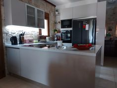 Modern Kitchens, Table, Furniture, Home Decor, Decoration Home, Room Decor, Contemporary Kitchens, Tables, Home Furnishings