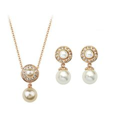 Get Gold Plated Classic Pearl Necklace Set at just Rs.549 @ Trendymela.use coupon code OFF100 & get flat Rs. 100 discount. Buy Today @ Trendymela.com
