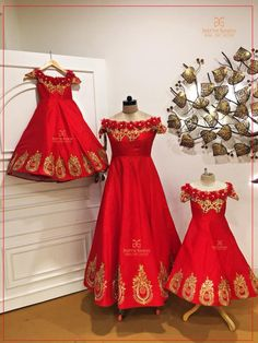 58 best ideas for baby clothes girl dresses robes Kids Dress Wear, Party Wear Dresses, Red Lehenga, Lehenga Choli, Mom And Baby Dresses, Girls Dresses, Mom Daughter Matching Outfits, Mother Daughter Fashion, Mother Daughters