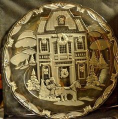 "Beautiful Christmas Holiday 15"" Glass Serving Tray #Unbranded"