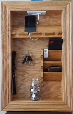 Mail Holder Key Holder File Holder Wall Organizer Charging woodworking is part of Kitchen cabinet storage - Wall Organization, Organizing Ideas, Mail Holder, Key Holders, Wooden Pallet Projects, Diy Pallet, Pallet Wood, Kitchen Cabinet Storage, Storage Cabinets