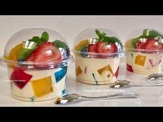 """GELATINS: Individual jelly Mosaic and 3 milks for business or dessert table """" By Creaciones Prin """" If you like let us your HELLO and give me your liked LOOK… Jello Desserts, Jello Recipes, Mexican Food Recipes, Dessert Recipes, Deco Fruit, Jello Cups, Partys, Party Snacks, Dessert Table"""