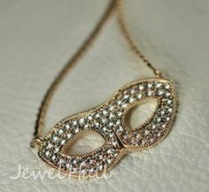 Stylish Fox Mask Style Lady's Necklace: jewelhall.com