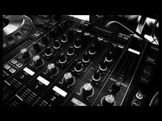 Wie hou van n Groot voël (Remix ) - YouTube Van, Songs, Music, Youtube, Musica, Musik, Muziek, Vans, Song Books