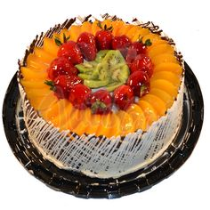 Shared by Where YoUth Rise Rodjendanske Torte, Cake Decorating Icing, Fresh Fruit Cake, Cake Recipes, Dessert Recipes, Icebox Cake, Gift Cake, Just Cakes, Pastry Cake