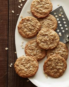 Peanut Butter Oatmeal Cookies // What's Gaby Cooking Oatmeal Cookie Recipes, Oatmeal Cookies, Matcha, Quinoa, Just Desserts, Dessert Recipes, Whats Gaby Cooking, Peanut Butter Oatmeal, Yummy Cookies