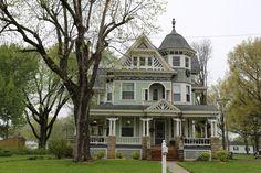https://flic.kr/p/eeW6Gg | Aviston Illinois, Clinton County IL | George F. Barber architect  298 N. Page St.