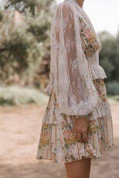 A European Summer Romance - Spell & The Gypsy Collective x Lisa Danielle Boho Fashion, Fashion Beauty, Fashion Outfits, Dress Fashion, Romantic Fashion, Whimsical Fashion, Muslim Fashion, Boho Chic, Picnic Outfits