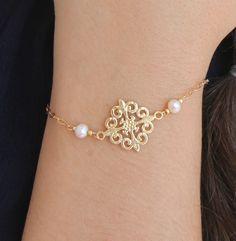 Ivory White Fresh Water Pearls Gold Bracelet, #jewelry #bracelet @EtsyMktgTool http://etsy.me/2wGkQu9