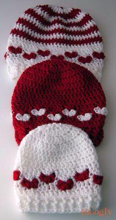 Heart crochet beanie hats. Def going to try and make one ❤️
