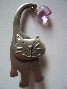Wonderful Vintage Signed JJ Brooch/Pin Silver Pewter Cat With