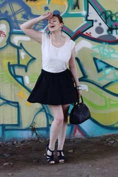 FLARED BLACK SKIRT AND WHITE BLOUSE | Glam & Curvy
