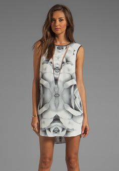 FINDERS KEEPERS Tangled Secrets Dress in Rose Print Monochrome White at Revolve Clothing - Free Shipping!