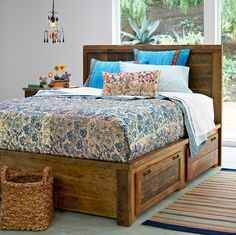 In love with this platform bed - and it has great storage!!