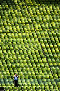 Pattern Photography draw you inside the image. Look at this collection of pattern photography and at your surrounding, you may find beautiful patterns to photograph. Green Life, Go Green, Green Colors, World Of Color, Color Of Life, Robert Doisneau, Olympia, Grand Art, Stadium Seats