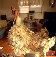 My Big Fat American Gypsy Wedding Season 3 gold Sondra Celli dress Crazy Dresses, Ugly Dresses, Best Prom Dresses, Gypsy Dresses, 2015 Wedding Dresses, Wedding Attire, Pretty Dresses, Big Dresses, Wedding 2015