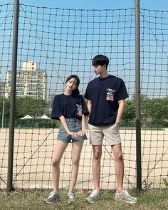 Korean Look, Cute Korean, Korean Girl, Matching Couple Outfits, Matching Couples, Mode Ulzzang, Ulzzang Girl, Teenager Outfits, Cute Couples Goals