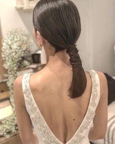 Pin on Hair Style Pin on Hair Style Work Hairstyles, Casual Hairstyles, Bride Hairstyles, Hair Arrange, Hair Setting, Japanese Hairstyle, Grunge Hair, Hair Ties, Hair Inspo