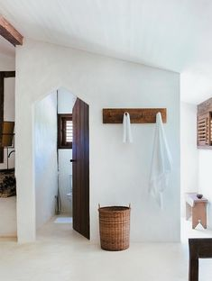 Beautiful Craftsman's House in Trancoso, Brazil Chic Beach House, Beach House Decor, Home Decor, Art Decor, Decor Ideas, Beach Houses, Decoration, Interior Architecture, Interior And Exterior