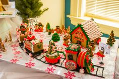 A whimsical collection of gingerbread houses Chocolate Filling, Melting Chocolate, Gingerbread House Candy, Den, Whimsical, Holidays, Desserts, Collection, Trains