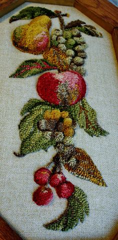 hand embroidered stumpwork fruit so beautiful Crewel Embroidery, Ribbon Embroidery, Cross Stitch Embroidery, Embroidery Patterns, Rug Hooking Designs, Rug Hooking Patterns, Punch Needle Patterns, Rug Inspiration, Hand Hooked Rugs