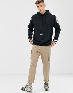 Buy adidas Originals RYV hoodie with back print in black at ASOS. With free delivery and return options (Ts&Cs apply), online shopping has never been so easy. Get the latest trends with ASOS now. Mens Cotton Shorts, Swim Shorts, Nike, Adidas Originals, Latest Trends, Asos, Mens Fashion, Pullover, Hoodies