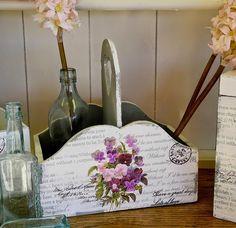 Χ   αρτοπετσέτες  με σχέδια, σελίδες περιοδικών, εφημερίδων, κομικς, χάρτες , εκτυπώσεις φωτογραφιών σε απλό χαρτί, φύλλα από ...