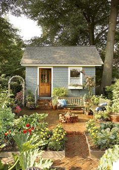 Lovely and Cute Garden Shed Design ideas for Backyard Part 40 ; garden shed ideas; garden shed organization; garden shed interiors; garden shed plans; garden shed diy; garden shed ideas exterior; garden shed colours; garden shed design Cottage Garden Sheds, Garden Shed Diy, Cottage Garden Design, Home And Garden, Cottage House, Garden Beds, Garden Gates, Garden Shed Interiors, Cottage Patio