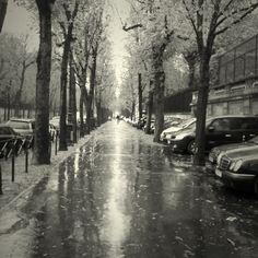 A street in the beautiful Paris. <3