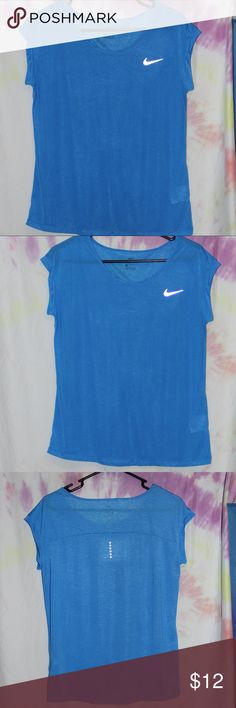 "Nike Athletic Top, Blue Total Length: 23"" Armpit to Armpit: 20"" Material: 100% Polyester Size: Medium Super lightweight material Nike Tops"