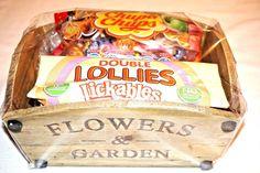 FLOWERS & GARDEN GIFT SET WITH CHUPA CHUPS  & SWIZZELS LOLLIES LICKABLES PRESENT #CHUPACHUPSSWIZZELSLOLLIESLICKABLES