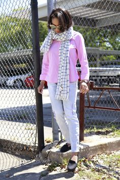 Pink and white gingham top | Light wash denim | Preppy style | J.Crew windowpane scarf