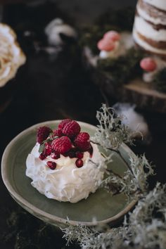 #velvetviseu #viseumaisdoce #viseu #visitviseu #pastelaria #pastry #pastrychef #pastries #fineartcake #unboxcreativity #cakedesign #cakeart #cakelove #creativelifehappylife #cakedesign #cakeart #cakelove #instafood #dessert #cakedecorating #weddingcake #wedding2020 #weddinginspiration #weddingideas #dessert #engaged #bridetobe #bride #groom #birthdaycake #pavlova #pavlovalovers #minipavlova Mini Pavlova, Pastry Chef, Cake Art, Pastries, Bride Groom, Weddingideas, Cake Decorating, Wedding Cakes, Cheesecake