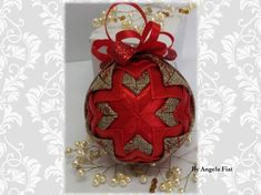 Quilted ball/ Burlap decoration/ Quilted baubles/Rustic burlap decoration by AngelsHandmadeCrafts on Etsy