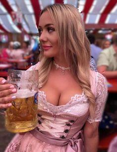 German Girls, German Women, Octoberfest Girls, Drindl Dress, Beer Maid, Beer Girl, Beer Festival, Gorgeous Women, Beautiful