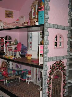 Artsy Fartsy: Barbie House There are links to her many Barbie tutorials at the bottom of this blog post