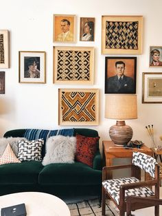 Home Tweak: Framed Textiles My Living Room, Home And Living, Living Spaces, Funky Home Decor, Vintage Home Decor, Feng Shui, Framed Fabric, Interior Decorating, Interior Design