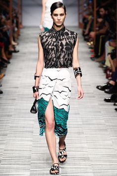 Missoni Runway show, Milan Fashion Week, Ready-to-Wear, Summer-Spring 2014 #MFW #RTW #Fashion from Vogue.fr