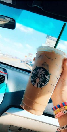 Top Tips For Brewing The Best Coffee How you could incresase your advice about coffee drink Bebidas Do Starbucks, Copo Starbucks, Starbucks Drinks, Starbucks Coffee, Iced Coffee, Coffee Drinks, Starbucks Order, Starbucks Art, Coffee Cups