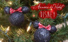 Que tal uma Árvore Disney para o Natal? Bolinhas de Natal do Mickey e Minnie! Saiba mais no blog clicando na foto!