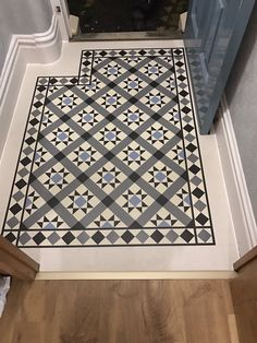 Cozy Victorian Small Hallway Floor Ideas Your hallway should be able to deal with numerous tasks Hall Tiles, Tiled Hallway, Dark Hallway, Upstairs Hallway, Entry Hallway, Victorian Hallway, Victorian Tiles, Victorian Porch, Hall Flooring