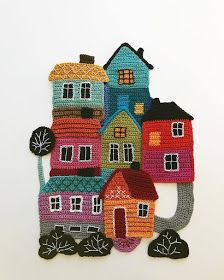 Freeform crochet art with overstitching by Tuija HeikkinenTuija Heikkinen groups together traditionally crocheted objects to tell stories.Freeform Crochet Uses Collage Techniques to Create Charming ArtHomely homes 🏠🏠🏠Solve A happy little cro Freeform Crochet, Crochet Motif, Crochet Flowers, Free Crochet, Knit Crochet, Hand Crochet, Crochet Wall Art, Crochet Wall Hangings, Crochet Home