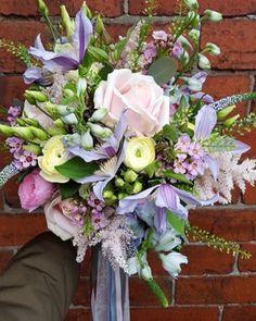 "794 Likes, 9 Comments - Meijer Roses (@meijerroses) on Instagram: ""Perfect Summer style by @firstblush_dawn . . . #meijerroses #wedding #weddinginspiration…"""